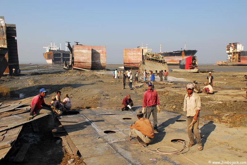 Bangladesh_Shipyards_010.jpg