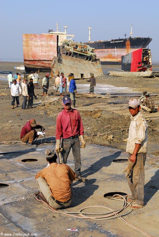 Bangladesh_Shipyards_012.jpg