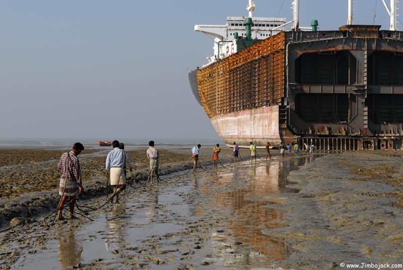 Bangladesh_Shipyards_031.jpg