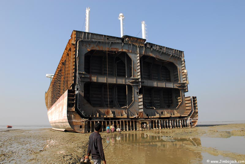 Bangladesh_Shipyards_039.jpg